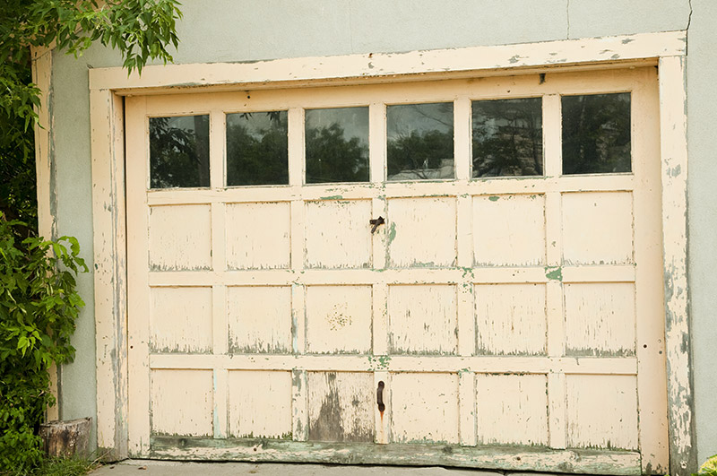 Replace Your Milwaukee Garage Door