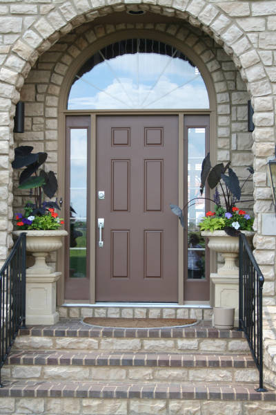 beautiful fiberglass front door of a home
